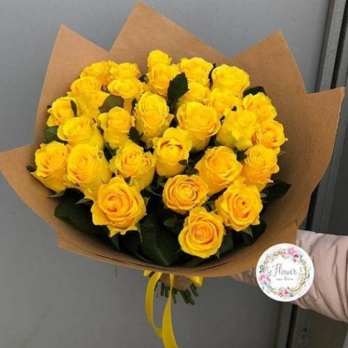 Букет из 29 роз Пэнни Лэйн с упаковкой 60см
