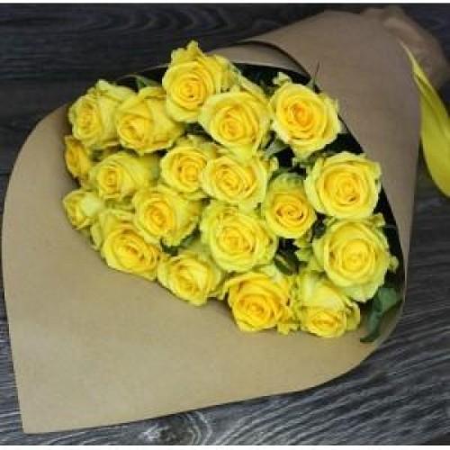 Букет из 21 роз Пэнни Лэйнс упаковкой