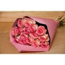 Букет из 15 роз Джумилия с упаковкой 60см